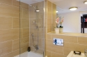 Albany Lane Edinburgh holiday home - Ensuite Bathroom