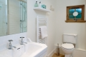 Green Cottage - Bathroom