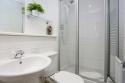 Holyrood-bathroom-3