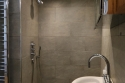 Royal Circus ensuite shower room (3)