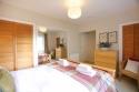 Royal Mile 1 master bedroom (3) edited