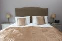 Royal Mile Mansion master bed