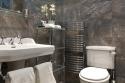 Royal Mile Mansion shower room