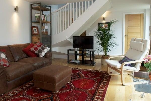 Albany Lane Edinburgh holiday home living area