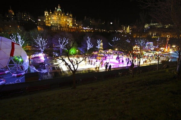 """Edinburgh's Christmas Fair 2012"" by Laura Suarez [https://www.flickr.com/photos/asturdesign/8303328431/in/photostream/] used under CC BY-SA 2.0 [https://creativecommons.org/licenses/by-sa/2.0/legalcode]. Rescaled from original"