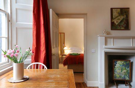 Holiday apartments in Edinburgh