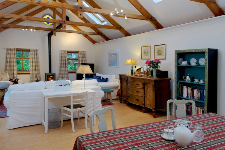 http://Green%20Cottage%20-%20Charming%20Holiday%20Cottages%20in%20Edinburgh%20-%20Greatbase%20Edinburgh%20holiday%20apartments