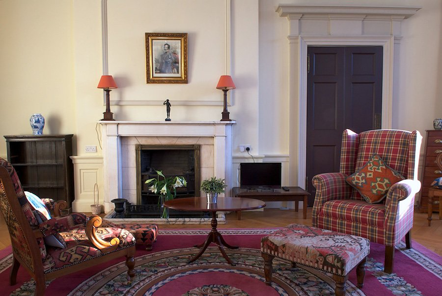 http://Heriot%20Row%20-%20Elegant%20Short%20Stay%20Apartment%20Edinburgh%20-%20Greatbase