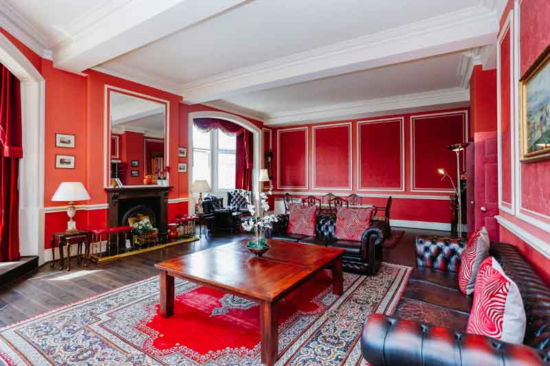 Royal Mile Mansions - Luxury Apartments Edinburgh