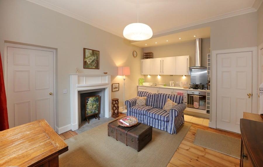 Dundas-Apartment-living-room-cum-kitchen - Greatbase